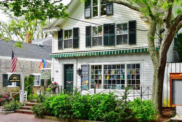 Martha's Vineyard Edgartown Books