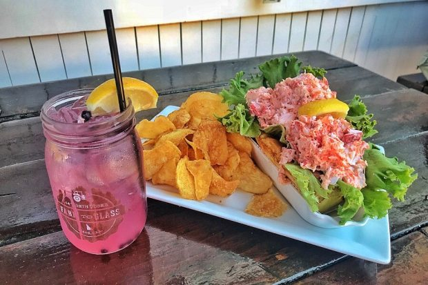 Martha's Vineyard Lobster Roll