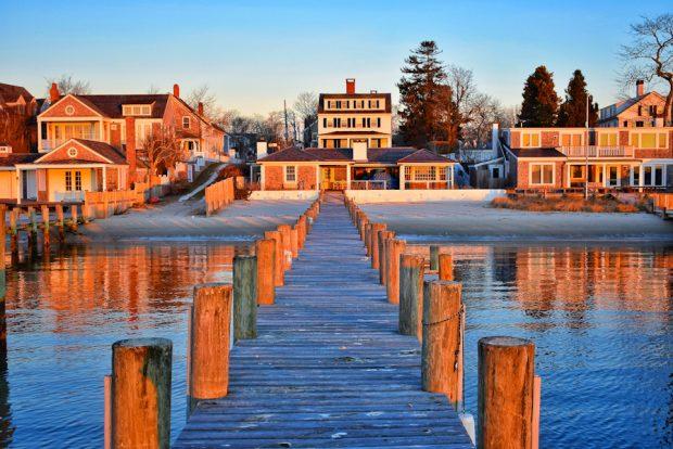 Edgartown_Harbor_February