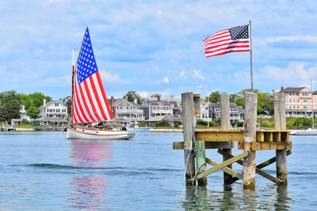 Martha's Vineyard Catboat Charters